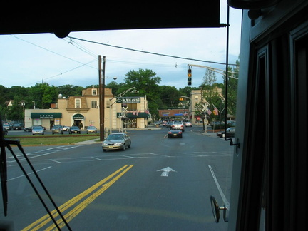 Riveredge Avenue in Tenafly. Rockland Coaches Route 84, southbound. Photo taken by Brian Weinberg, 07/09/2003.
