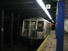 R-40 @ 96 St (D). Yankees Special. Photo taken by Brian Weinberg, 10/20/2004.