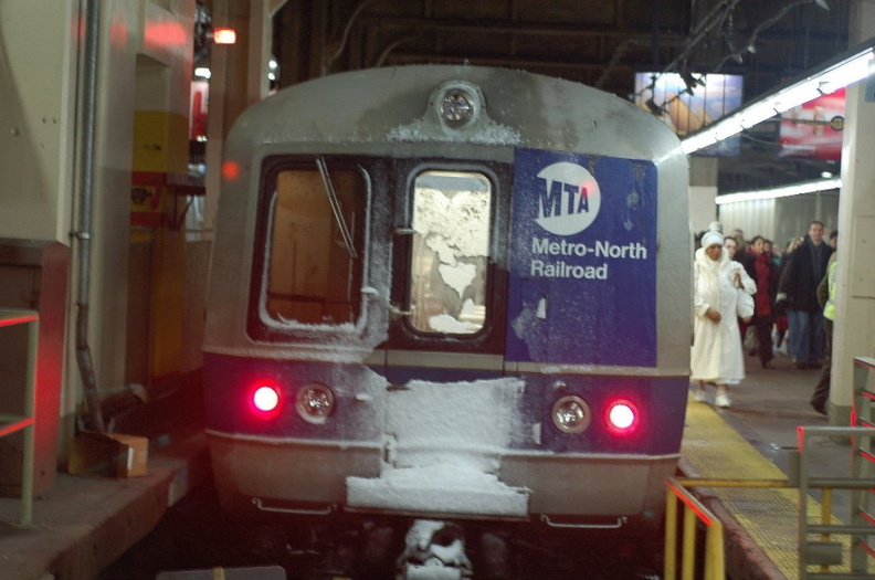 MNCR M-3a 8123 @ Grand Central Terminal. Photo taken by Brian Weinberg, 12/9/2005.