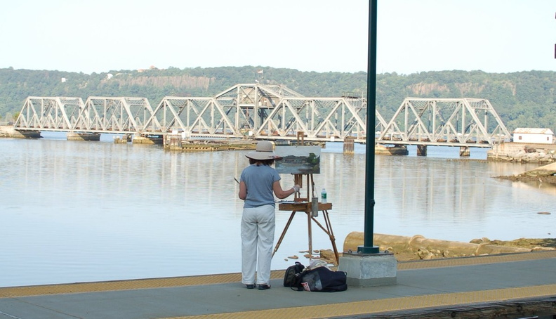 Artist @ Spuyten Duvil (MNCR Hudson Line). Photo taken by Brian Weinberg, 7/31/2006.