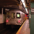 R-46 5646 @ Long Island City - Court Square (G). Photo taken by Brian Weinberg, 10/18/2006.