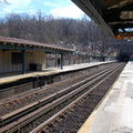 Dyckman St (1). Note the poor condition of the platforms. Photo taken by Brian Weinberg, 3/2/2008.