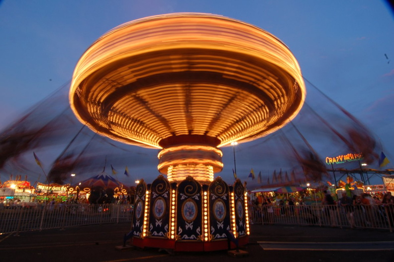 "A ride at ""State Fair Meadowlands"". Photo taken by Brian Weinberg, 7/4/2006."