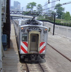 Metra 122 @ Roosevelt Road Station, Chicago, IL. Photo taken by David Lung, June 2005.
