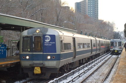 MNCR M-3a 8020 and M-7a @ Spuyten Duyvil (Hudson Line). Photo taken by Brian Weinberg, 12/6/2005.